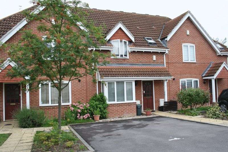 3 Bedrooms Terraced House for sale in Woodley