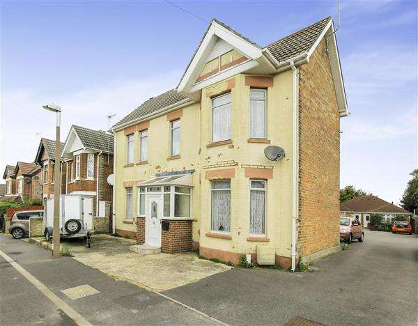 5 Bedrooms Detached House for sale in Curtis Road, Parkstone, Poole