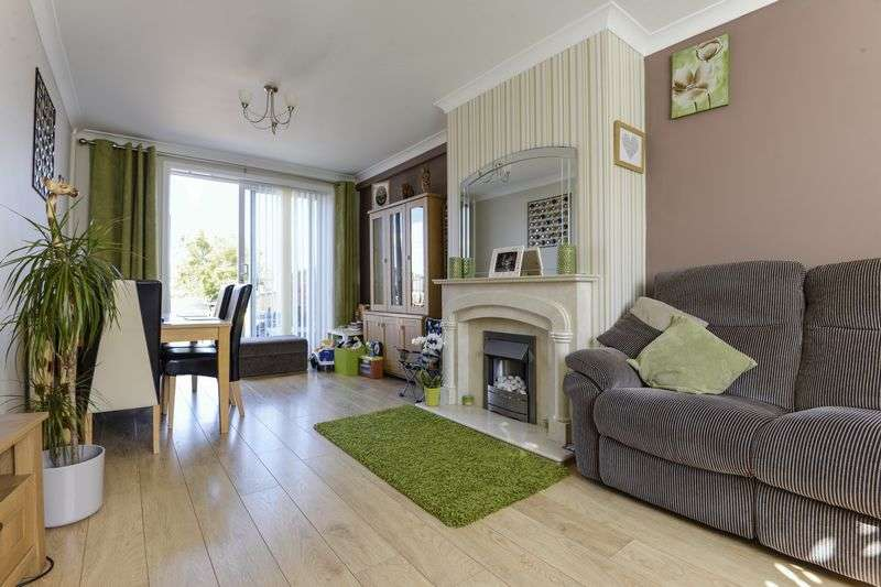 3 Bedrooms Semi Detached House for sale in Graig Park Parade, Newport