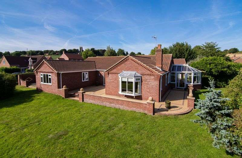 3 Bedrooms Detached Bungalow for sale in Church Lane, West Keal