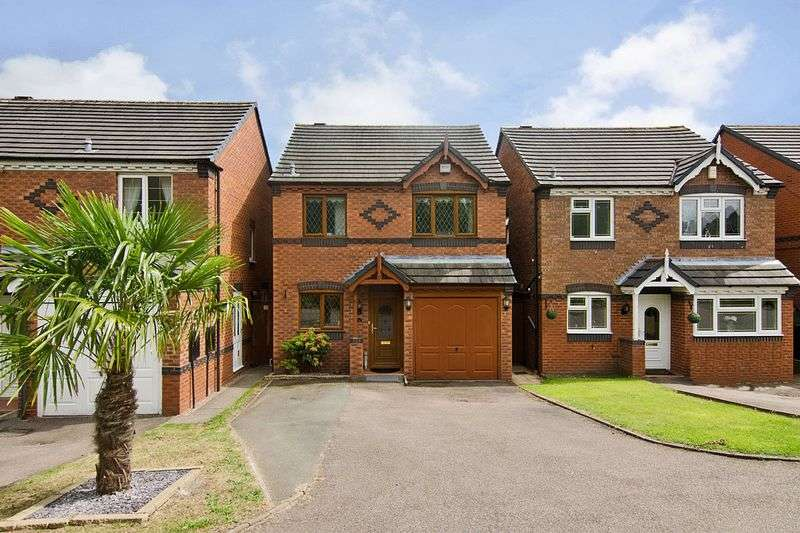 3 Bedrooms Detached House for sale in Bluebell Crescent, Wednesfield