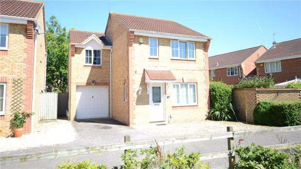3 Bedrooms Detached House for sale in Paddick Drive, Lower Earley, Reading