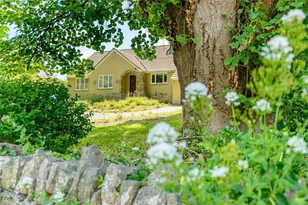 5 Bedrooms Detached Bungalow for sale in Queens Road, Swanage, Dorset