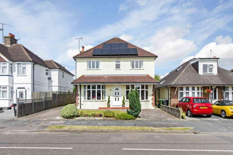 4 Bedrooms Detached House for sale in Beaconsfield Road, Tring