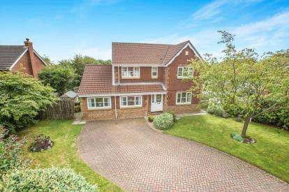 5 Bedrooms Detached House for sale in Abbey Mill View, Knaresborough, North Yorkshire, .
