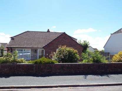 2 Bedrooms Bungalow for sale in Bradford Abbas, Sherborne, Dorset
