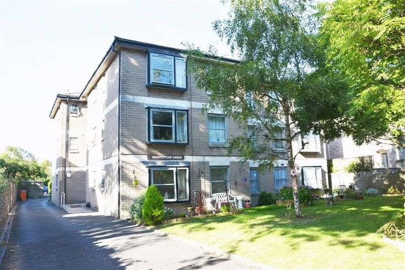 2 Bedrooms Flat for sale in Ellenborough Park North, Weston-Super-Mare