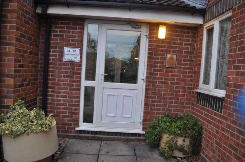 1 Bedroom Flat for sale in Coraline Close, Southall, London, UB1