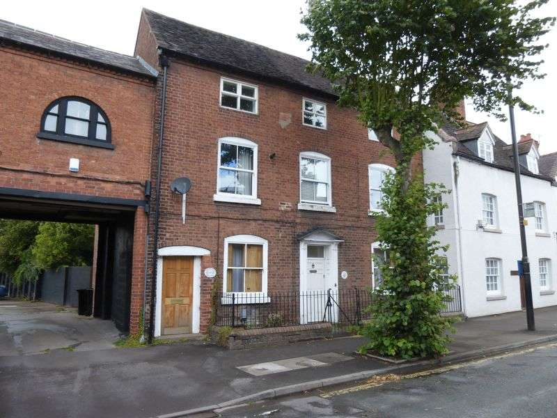 2 Bedrooms Flat for sale in Ronham House, Broadway, Shifnal