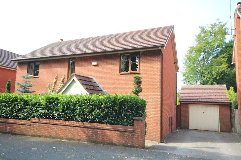 4 Bedrooms Detached House for sale in MEADOWCROFT LANE, Bamford, Rochdale OL11 5HN