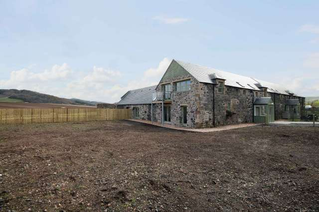 5 Bedrooms Farm House Character Property for sale in Blinkbonny Farm Steading, East of Lindores, Fife, KY14 6JE