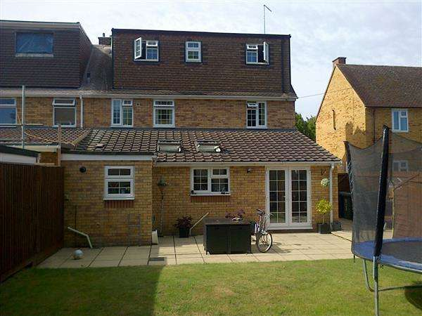 4 Bedrooms Semi Detached House for sale in Pembroke Way, Teversham, Cambridge