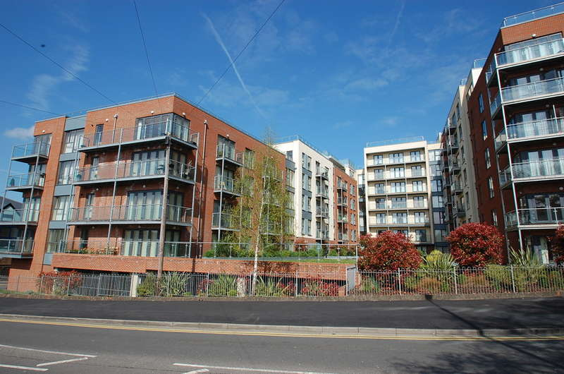 2 Bedrooms Flat for sale in Town Centre