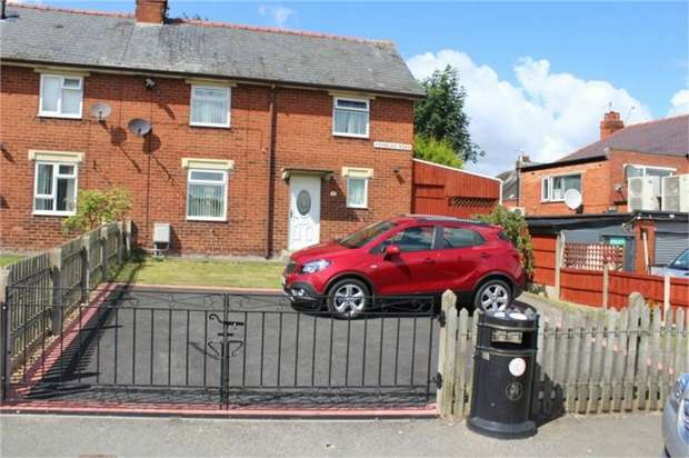 3 Bedrooms Semi Detached House for sale in Henblas Road, Rhostyllen, Wrexham