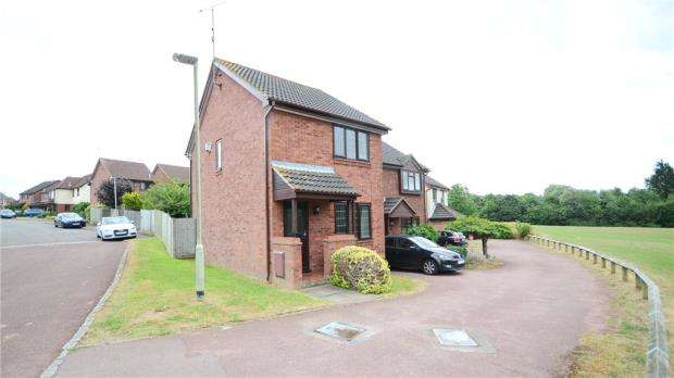 2 Bedrooms Link Detached House for sale in Worrall Way, Lower Earley, Reading