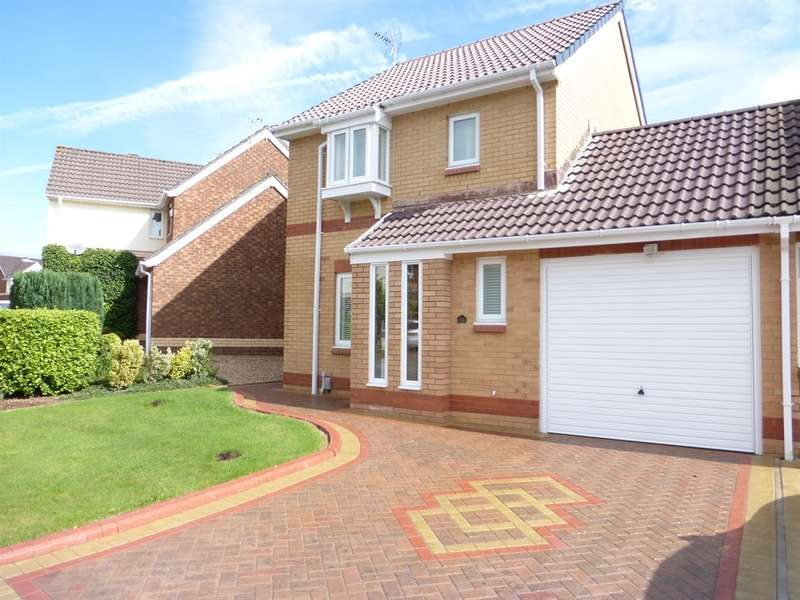 3 Bedrooms Detached House for sale in Hastings Crescent, Old St. Mellons, Cardiff