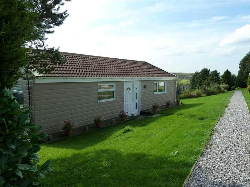 2 Bedrooms Property for sale in Moorlands Caravan Park, Ripponden Road, SADDLEWORTH, OL3
