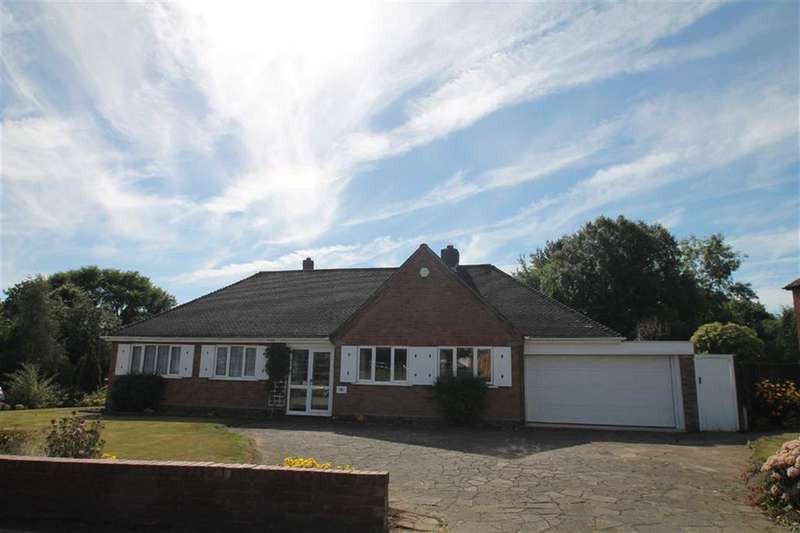 3 Bedrooms Bungalow for sale in Yewhurst Road, Solihull