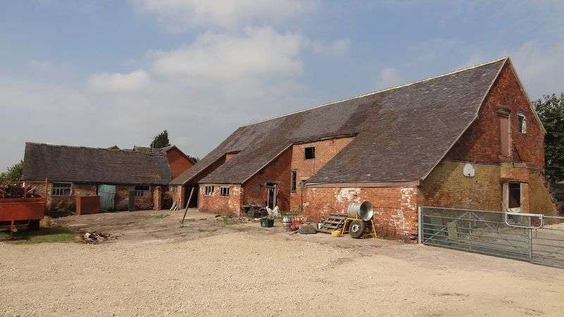 5 Bedrooms Property for sale in Grange Farm, Bramshall