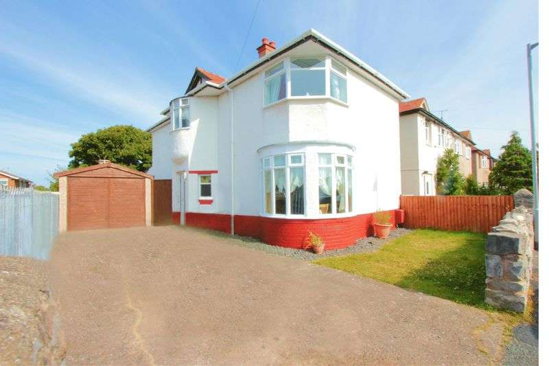 4 Bedrooms Detached House for sale in Seven Sisters Road, Prestatyn