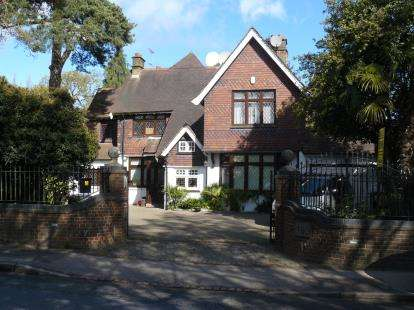 6 Bedrooms House for sale in Barnet Road, Barnet