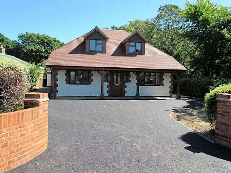 4 Bedrooms Detached House for sale in Raley Road, Southampton