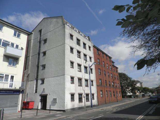 2 Bedrooms Flat for sale in St. Peters Court, 100 King Street, Plymouth, Devon