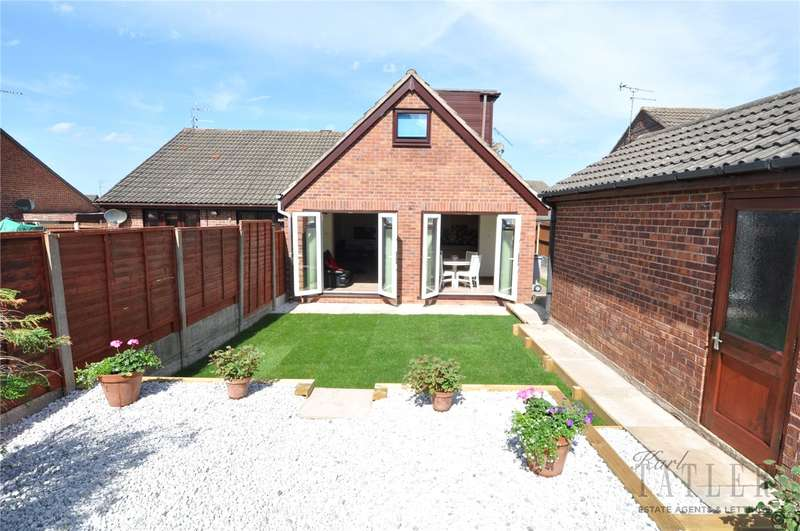 4 Bedrooms Semi Detached Bungalow for sale in Chippenham Avenue, Greasby, Wirral