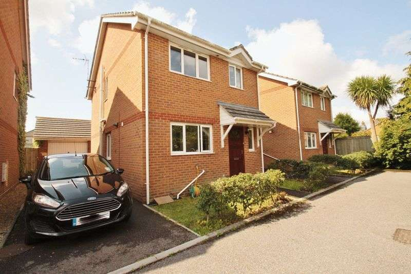 3 Bedrooms Detached House for sale in Ensbury Park, Bournemouth