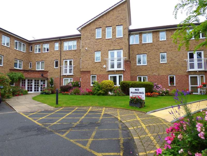 1 Bedroom Apartment Flat for sale in Roby Court, Twickenham Drive, Huyton, Liverpool