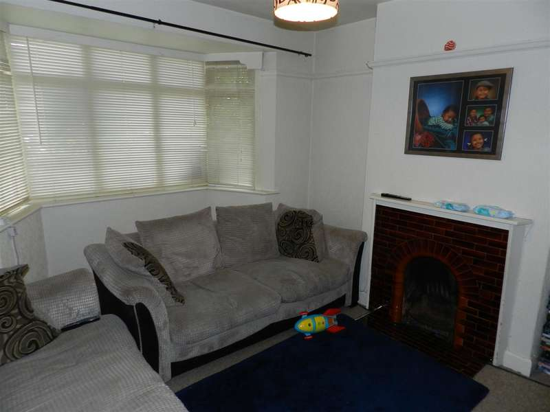 3 Bedrooms Property for sale in College Street, Long Eaton, Nottingham