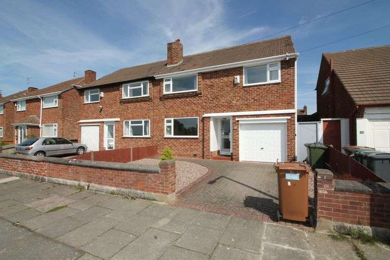 4 Bedrooms Semi Detached House for sale in Edinburgh Drive, Prenton