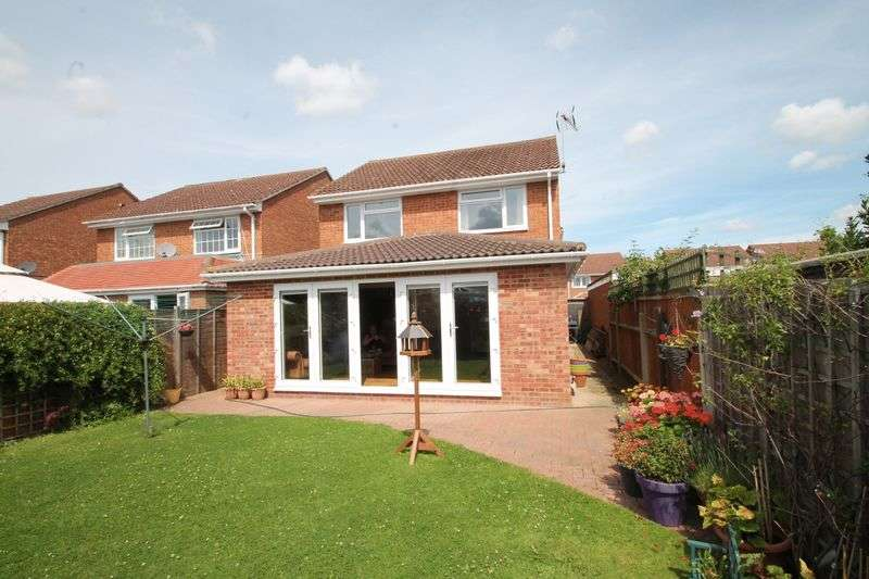 4 Bedrooms Property for sale in Le Temple Road, Paddock Wood