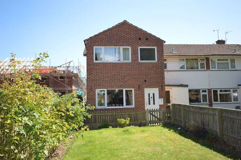 4 Bedrooms Semi Detached House for sale in Chinnor
