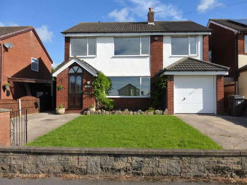 4 Bedrooms Detached House for sale in Town Lane, Much Hoole, Preston