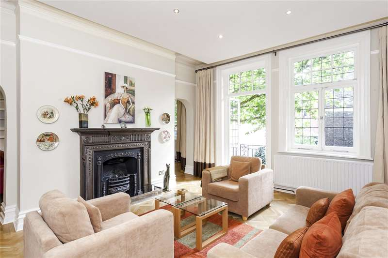 3 Bedrooms Flat for sale in Iverna Gardens, London, W8