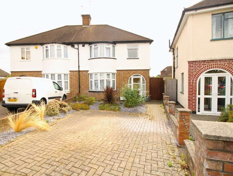 3 Bedrooms Semi Detached House for sale in Garston, HERTS