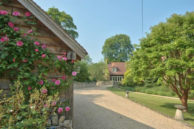7 Bedrooms Detached House for sale in Binstead