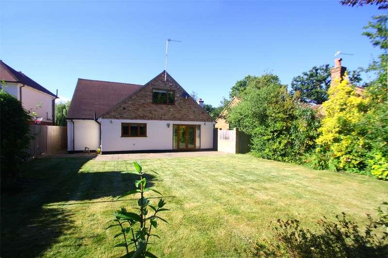 5 Bedrooms Detached Bungalow for sale in Almners Road, Lyne, Surrey, KT16