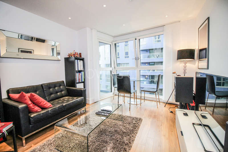 1 Bedroom Flat for sale in Gillespie Court, Queensland Terrace, Islington