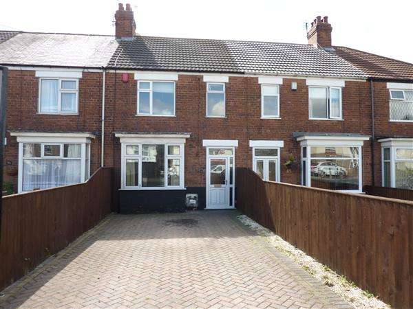 3 Bedrooms Terraced House for sale in YARBOROUGH ROAD, GRIMSBY