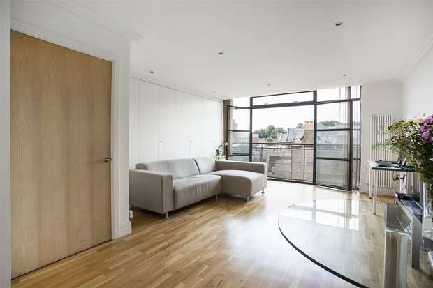 1 Bedroom Flat for sale in Point Wharf Lane, Brentford