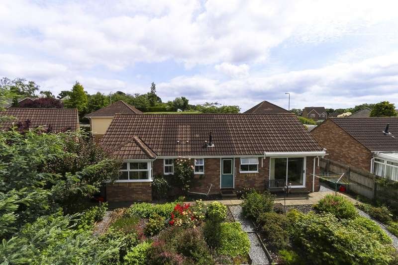 3 Bedrooms Detached Bungalow for sale in Rendells Meadow, Bovey Tracey