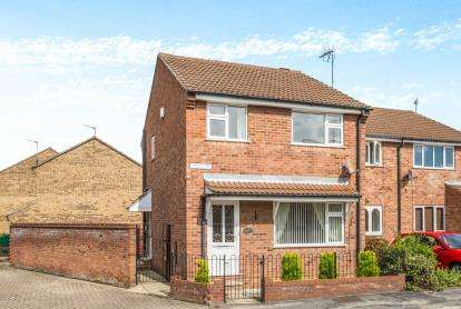 3 Bedrooms End Of Terrace House for sale in Sturdee Grove, York