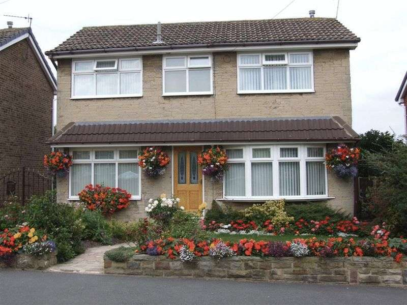 3 Bedrooms Detached House for sale in Swithens Drive, Rothwell, LS26