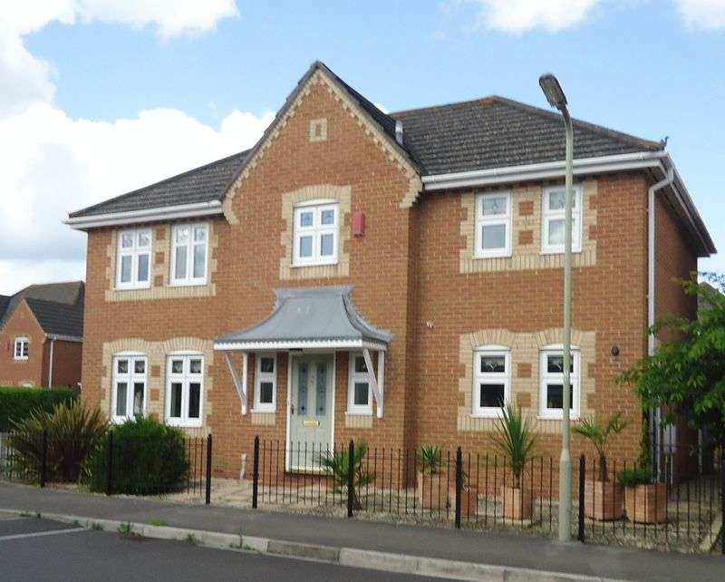 4 Bedrooms Detached House for sale in Watersmeet, Fareham