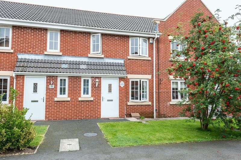 3 Bedrooms House for sale in Chester Close, Wigan