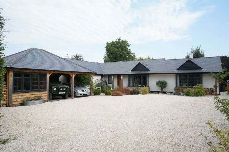 4 Bedrooms Detached Bungalow for sale in West Horsley