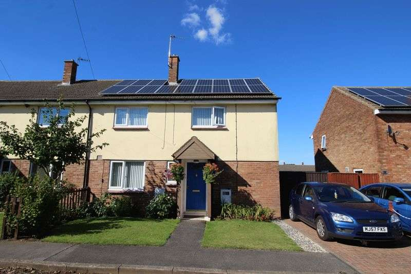 3 Bedrooms Semi Detached House for sale in Suffolk Road, Scampton, Lincoln