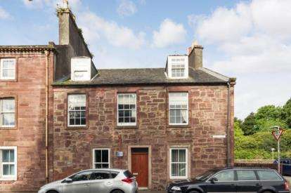 3 Bedrooms Flat for sale in Culzean Road, Maybole